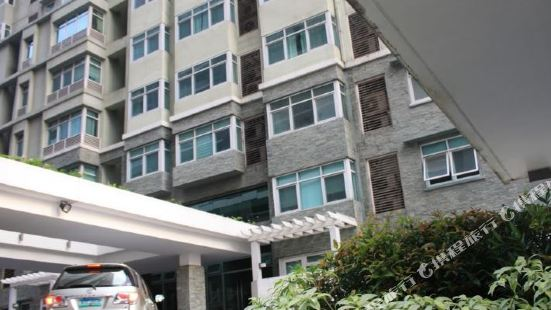 902E Serendra at Stayhome Asia Taguig