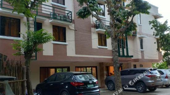Dayunan Pili Tree Tourist Inn