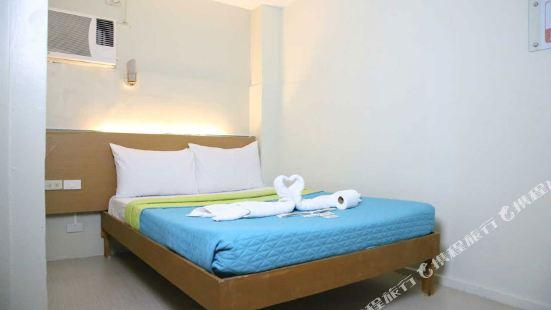 Quoalla Hotel, Makati