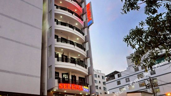 塞萊娜酒店
