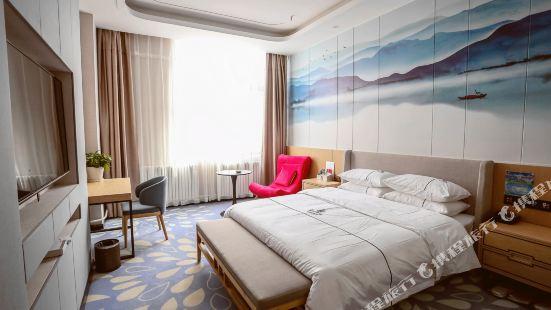 克拉瑪依雲上雲端精品酒店