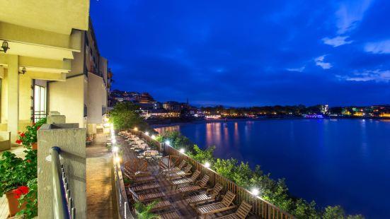 索佐波爾珊瑚酒店