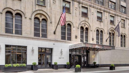紐約西山居酒店