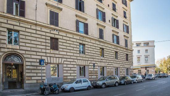 Palazzo Baj - Guest House in Trastevere