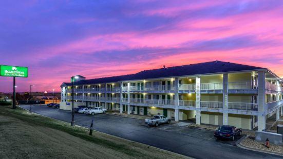 堪薩斯市樂世界霍姆湯開放式公寓酒店