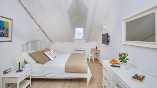 Porta Apartments by Irundo