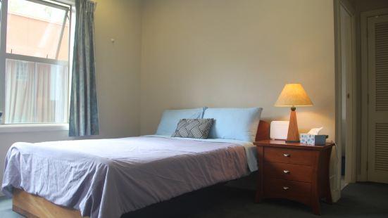 市区天空塔赌场城际大巴附近的简单舒适公寓