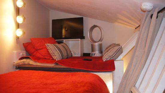 福斯特爾 - 速博波爾多複式公寓