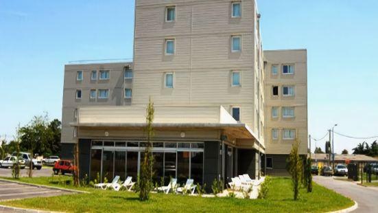 內梅阿公寓酒店