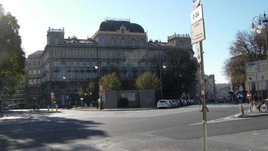 安菲美薩尼酒店