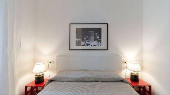 布雷拉 - 菲奧裏基亞里查爾梅公寓