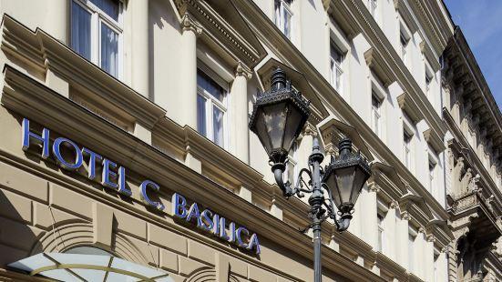 貝斯里卡中心酒店