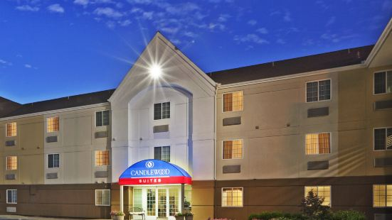 Candlewood Suites Park Central
