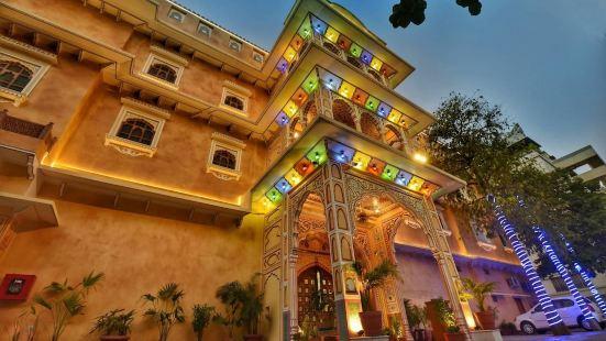 尼爾巴納宮殿 - 古蹟酒店
