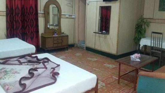 Hotel Lahore Inn International