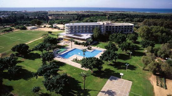 Dan  Caesarea Resort