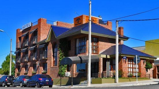 Hotel Ayres Colonia