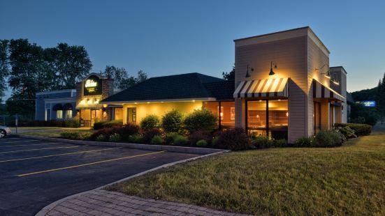 Holiday Inn Express - Cortland