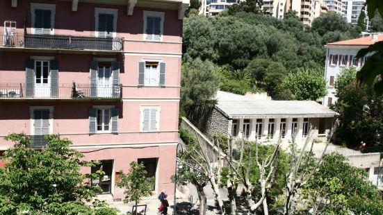 阿多尼斯阿哈奇歐 - 阿比翁酒店