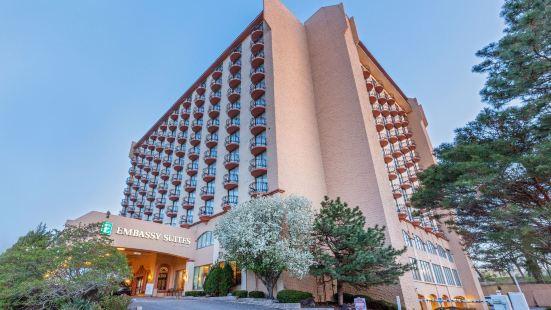 堪薩斯城市廣場希爾頓尊盛酒店