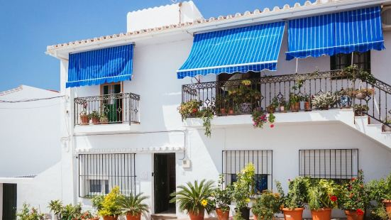 Tipica Casa En Frigiliana con patio y terraza 2
