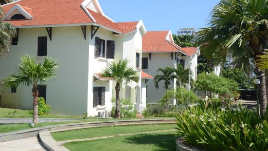 Danang Beach Side Villas