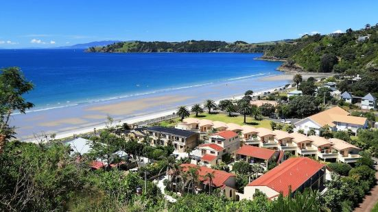 Onetangi Beach Apartments