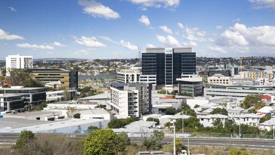 Pavilion and Governor on Brookes  Brisbane (Direct Hotels )