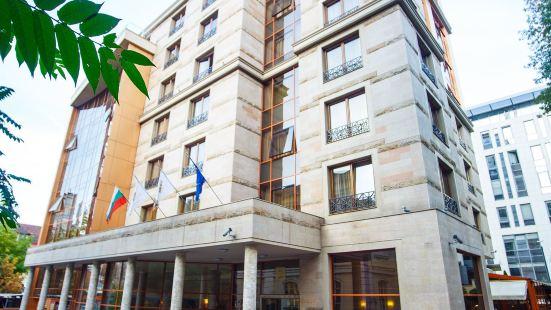 塞爾迪卡舞台酒店