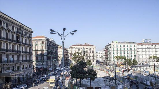 Napoli Garibaldi Square
