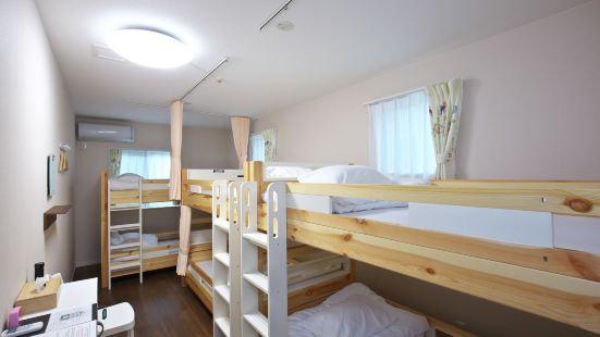 Shironoshita Guesthouse