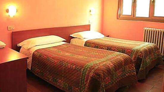 默庫里奧酒店