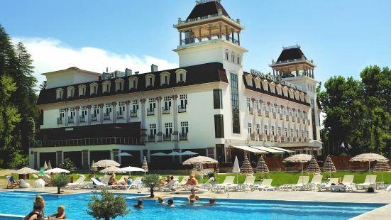 茨卡爾圖博廣場酒店