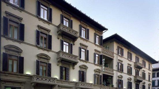 佛羅倫薩奧格尼三提宮酒店