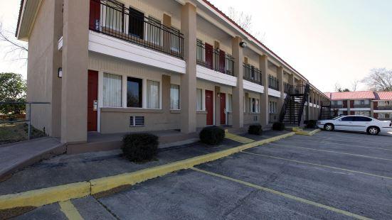 亨茲維爾6號公寓酒店