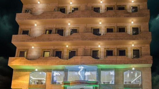 夸特洛瑞萊克斯酒店