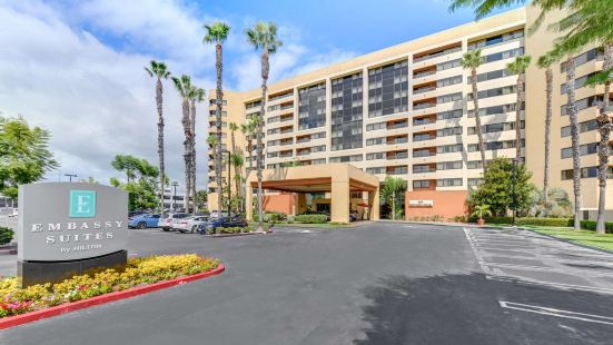 Embassy Suites by Hilton Anaheim-Orange