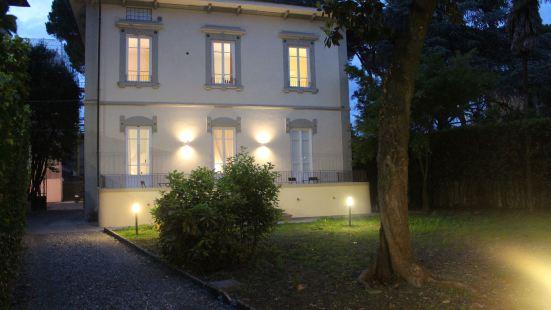 Lucca in Villa Lucrezia