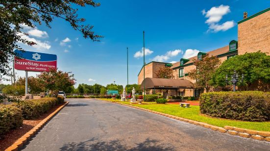 SureStay Plus Hotel by Best Western Baton Rouge