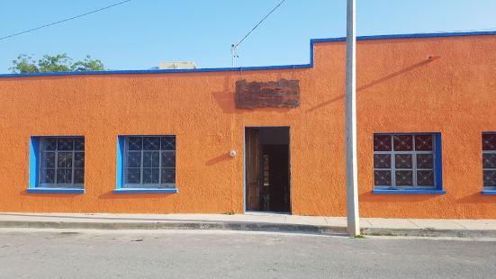 Hostal Bustamante - Hostel