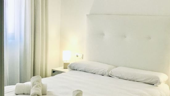 Domus Apartamentos Granada