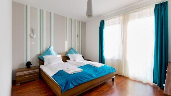 海藍寶石屋頂露台公寓(帶寬闊廚房)