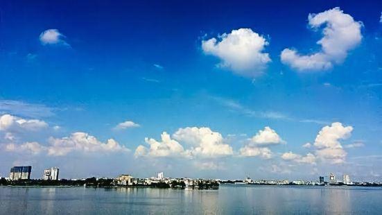 Hanoi Westlake Homestay