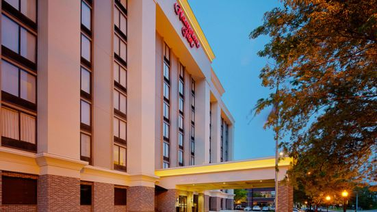 路易斯威爾市中心歡朋酒店