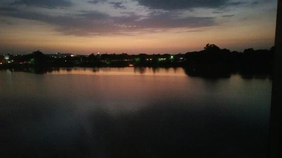 Hotel Shiv Lake