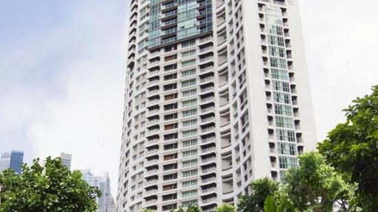Urbana Langsuan, Bangkok