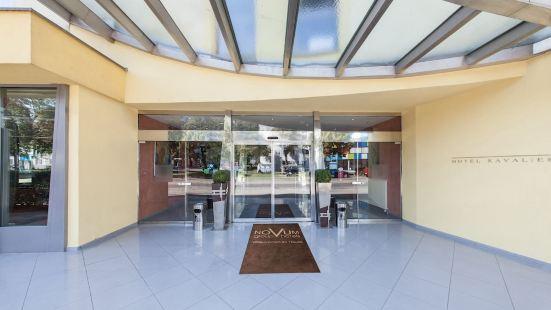 諾維姆卡瓦莉耶酒店