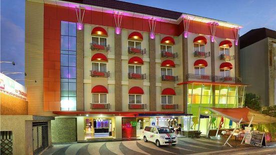 리바비 쿠타 비치 호텔