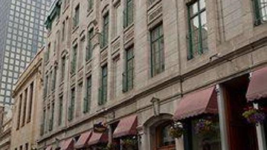 波拿巴特酒店