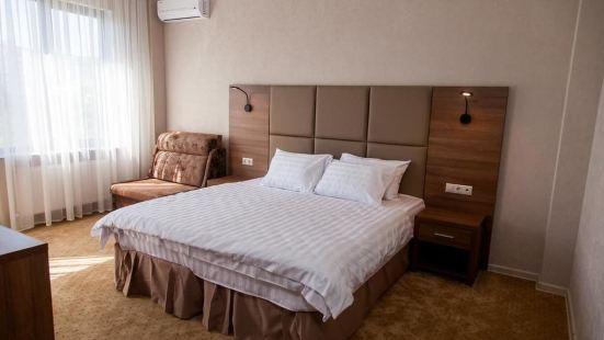 提阿黛爾酒店